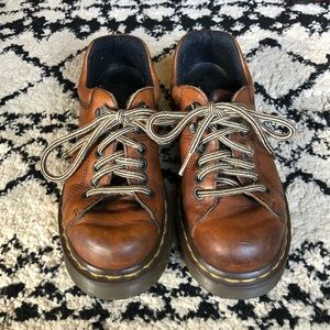 「Dr. Martens」Brown Leather Lace Ups